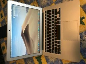 Macbook Air 2015/ 8 GB RAM - Works perfectly - like new