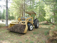 1969 Ford 2000 Tractor with Loader