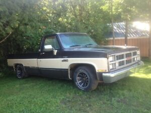 COOL 1984 LOWERD GMC  1/2 TON