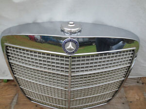 '69 BENZ 115 250SE Front grill