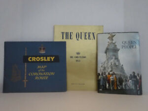 VINTAGE CROSLEY CORONATION ROUTE MAP POST CARD BOOK QUEEN ELIZAB