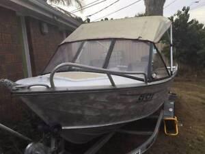 Fishing boat  Savage Ranger 4.3m with Yamaha 40 hp 2 stroke Deer Park Brimbank Area Preview