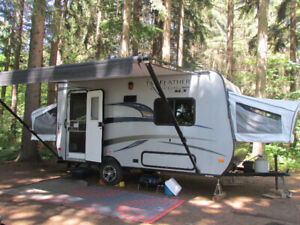 2015 Jayco Jay Feather 16 XRB - Mint condition!