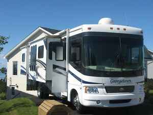 Class A Motorhome For Sale - 2009 Georgetown