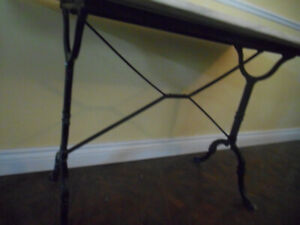 RARE FRENCH PARIS BISTROT TABLE CUISINE MARBRE FER FORGE CLASSIC