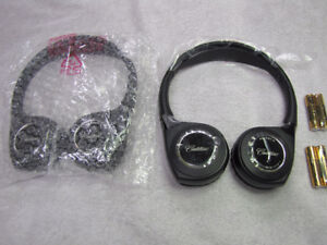 Cadillac Escalade Wireless Headphones Blue Ray DVD New OEM 23232
