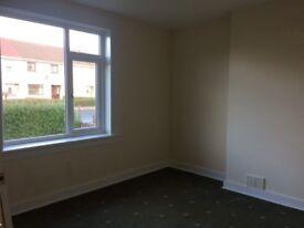 To let - 2 bedroom ground floor flat, Oswald Road, Kirckaldy, £450 pcm