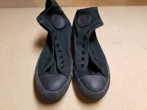 Black Hi top Converse All Star Shoes