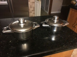 For sale set of 2 solingen stainless steel cooking pots