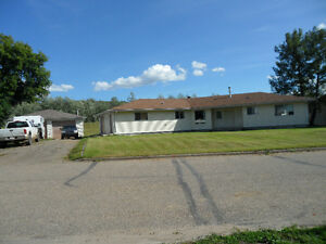 4 Bedroom house in Lower West Peace River for Rent