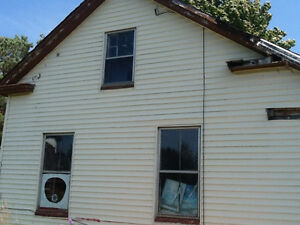 Bungalow, Fixer Upper for sale