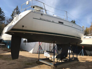 2003 Beneteau 331 Sailing in Style and Comfort