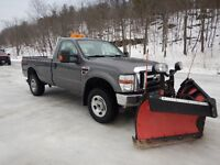 2008 Ford F-350 XLT Pickup Truck with 9.2' Boss V-Pow