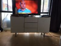 High gloss white tv unit