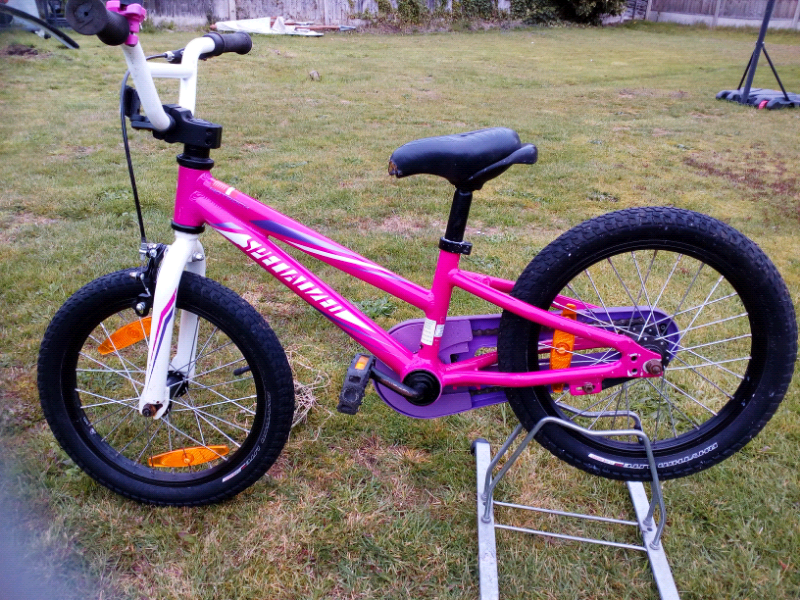 5043ab53c31 Specialized hotrock 16 girls bike in pink | in Woking, Surrey | Gumtree