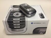 Vintage Motorola V975 Flip Phone Unused Boxed