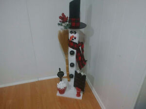 CHECK OUT 3 CUTE LARGE HANDMADE WINTER HOME DECOR-WONT' LAST!!