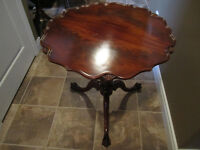 Vintage Mahogany Side by Table Leonardo Furniture Co.New York