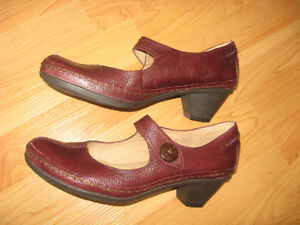 "Naturalizer N5 Comfort ""Digby"" Mary Jane Shoes  Size 9M"