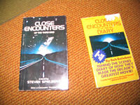 2 LIVRES DE COLLECTION - CLOSE ENCOUNTERS OF THE THIRD KIND