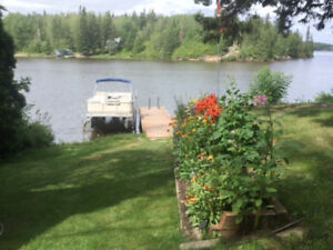 WATERFRONT ON LAKE LAC DU BONNET OPEN HOUSE THIS SATURDAY!
