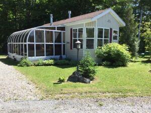 Roulotte 4 saisons/Chalet - Lac Brome - Camping ouvert 12 mois !