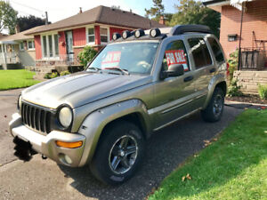 2003 Jeep Liberty Renegade (4WD, 5spd)