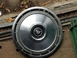 Plymouth valiant hubcaps