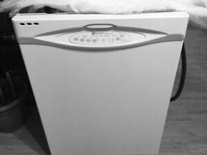 Lave vaisselle Maytag garantie 1an pièces et main d'œuvre