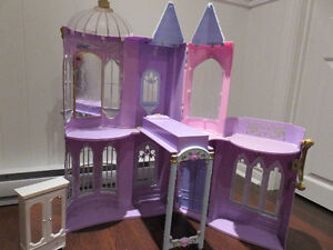 Portable Doll House, Maison de poupee portable