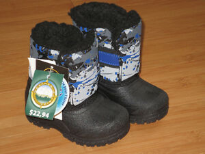 "NEW!   Boys ""Weather Spirits"" Winter Boots - Size 3 (Toddler) London Ontario image 1"