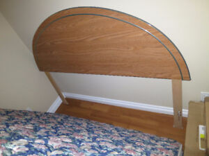 Queen size headboard, bed frame and boxspring