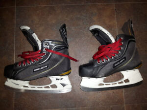 Bauer Supremes size 4.5