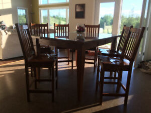 Kitchen table pub style solid oak , 6 chairs