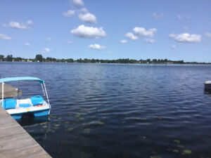 Looking for a lost Blue Sundolphin pedal boat.