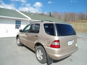 CHEAP !2001 Mercedes - Benz M-Class ml320 SUV, leather, sunroof!