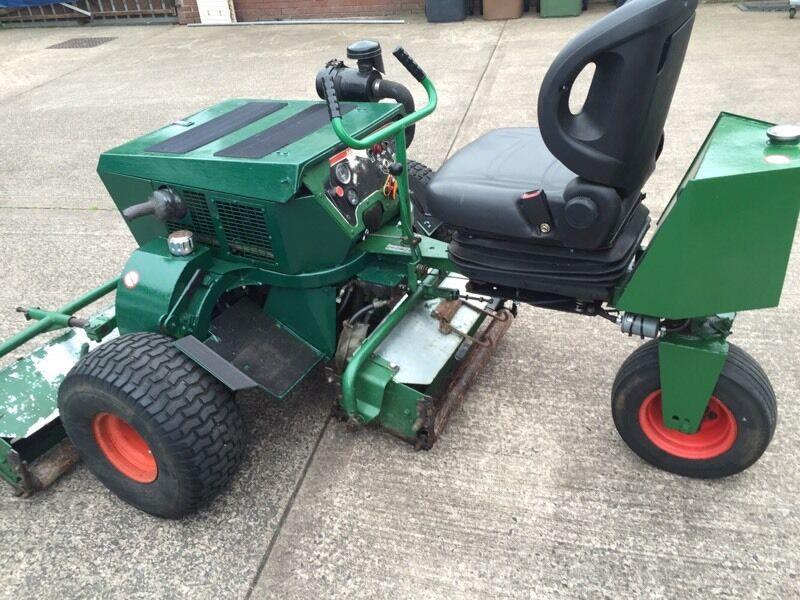Ransom Mower Seats : Lawnmower ransomes diesel triple mower ft cutting