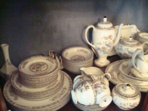 Kutani Crane Set of Fine English China Settings for 10 ++