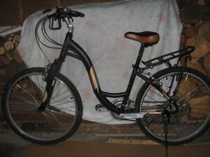 "Womans Norco Plateau Comfort Bike. 15"" frame, 26"" wheels"