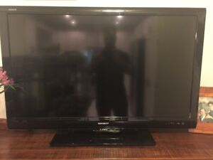 46 Inch SHARP 1080P LCD TV- LC-46D78UN