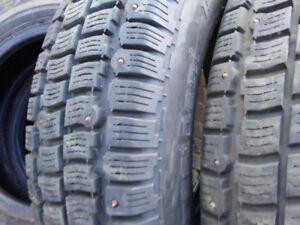 4 pneus d'hiver à clous President  P155/80R13