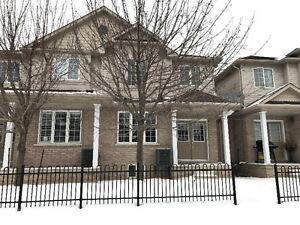 BOWMANVILLE 3 BEDROOM TH FOR LEASE. AVAILABLE IMMEDIATELY