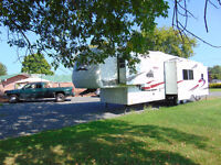 2005 Keystone Everest Fifth Wheel M-366 I.      at a low price