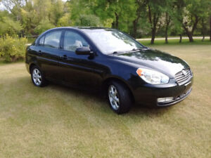 2010 Hyundai Accent GLS **ONLY 123K***