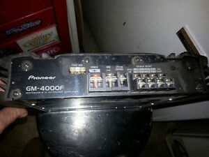 Pioneer cd/am/fm/MP3 player ,amp and sub woofer Stratford Kitchener Area image 4