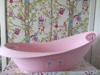 Baby bath with top and tail basin