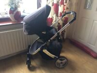 Joann Lewis travel baby pushchair