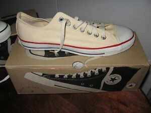 1 Pair Converse Low Cut All Star Sneakers