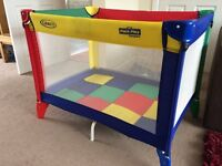 Graco Childrens Kids Travel Cot / Play pen