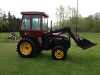 TITAN 38 HP 4X4  TRACTOR WITH LOADER .